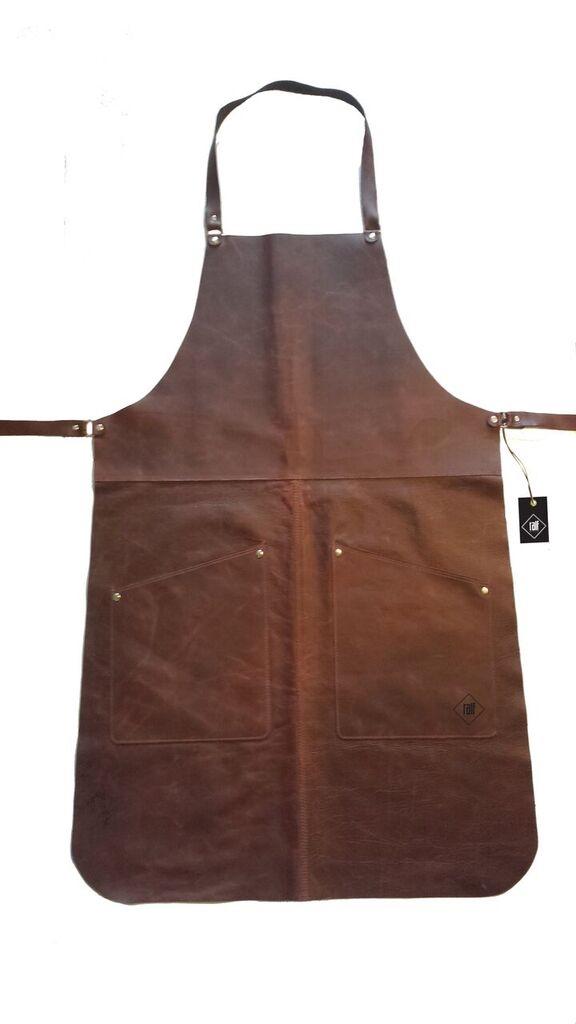 K?ksredskap > TextilSkinn > F?rkl?de i kalvskinn med fickor brunt